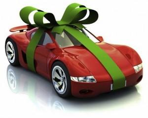 Дарение автомобиля близкому родственнику — один из актуальных договоров на сегодня